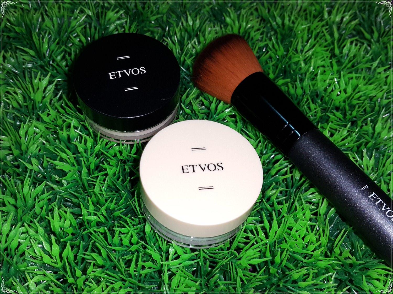 ➽彩妝。超級推薦 讓你霎那間擁有好肌膚 ETVOS の 柔霧無瑕防曬礦物粉底 & 裸感入眠靜夜礦物蜜粉 & dB蜜粉刷