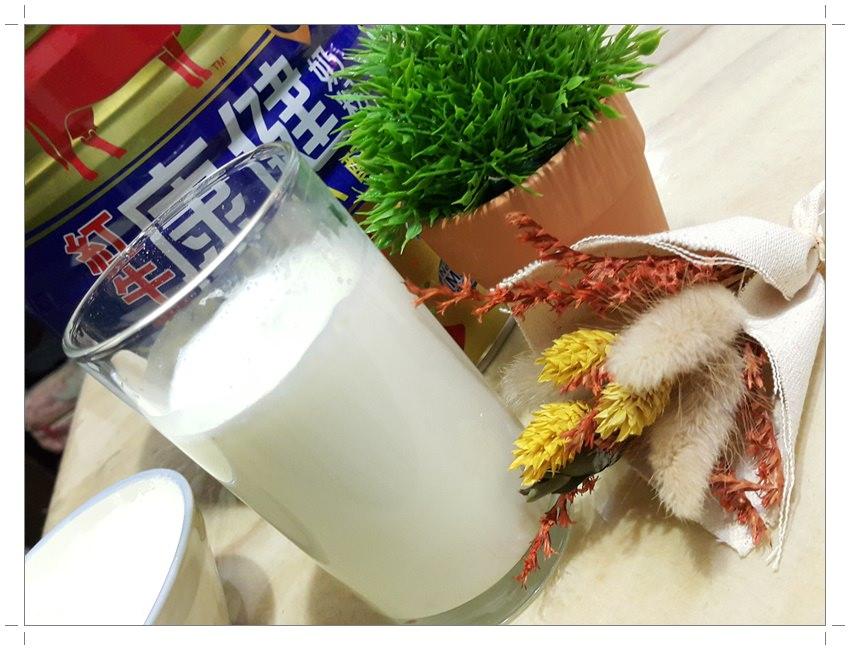 ➽沖泡。推薦 從小喝到大的牛奶升級囉~ 紅牛康健奶粉 の 益智DHA配方
