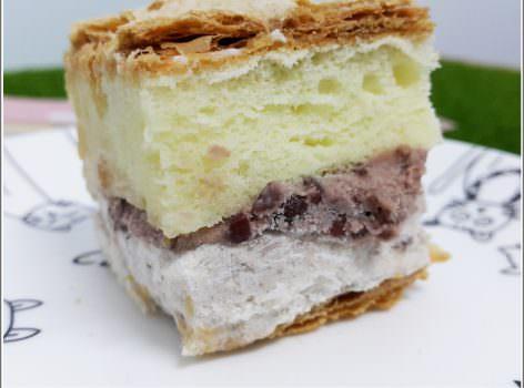 【甜點推薦】拿破崙先生 の 骰子拿破崙紅豆牛奶冰淇淋 ➽ 夏天就是要吃冰涼甜點– 蛋奶素