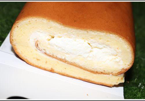 【生乳捲推薦】悅樂烘焙 の 經典原味生乳捲 & 伯爵紅茶生乳捲 ➽ 手工生乳捲味道濃郁,口感綿密,一定務必要吃一次 – 蛋奶素